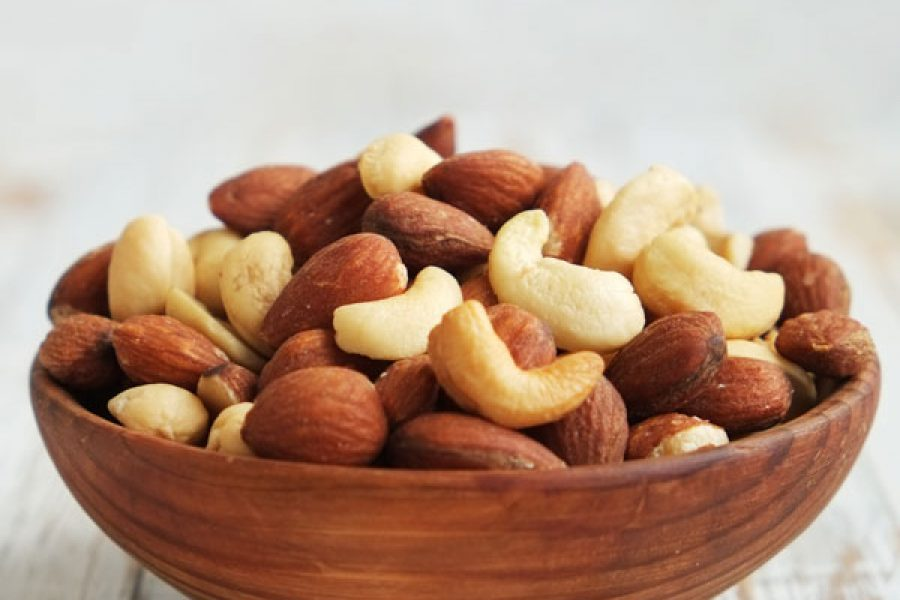 Eating Nuts Decreases Risk of Gallbladder Attack