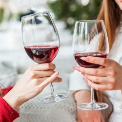 Moderate Alcohol Consumption Lowers Risk Of Gallstone Disease